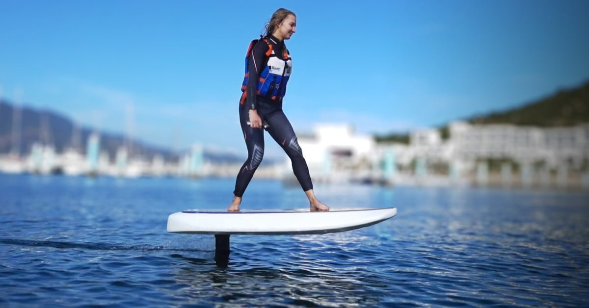Waydoo Flyer Is the Personal Electric Hydrofoil You Never Knew You Needed bit.ly/2RRuozK