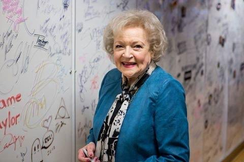 Happy birthday to the incomparable Betty White! 🌹