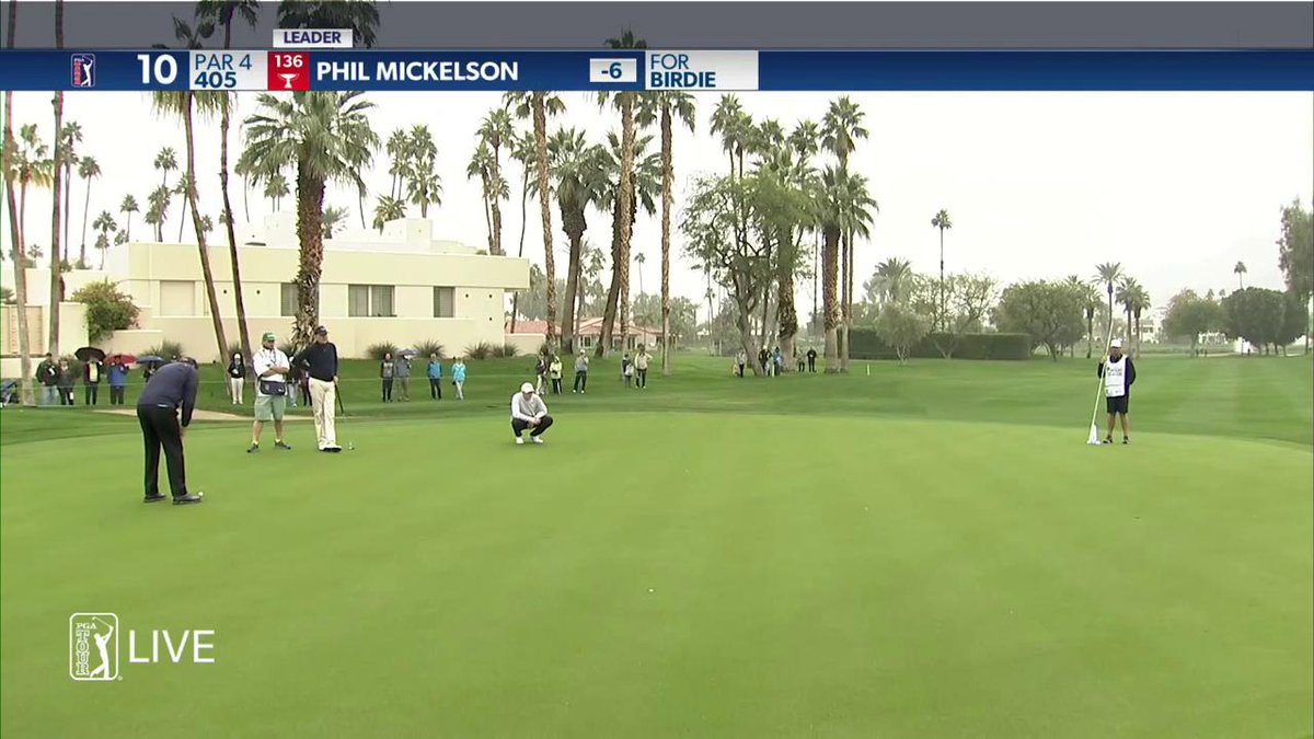 Wow.  Another birdie for @PhilMickelson.  -7 thru 10 holes.  #QuickHits