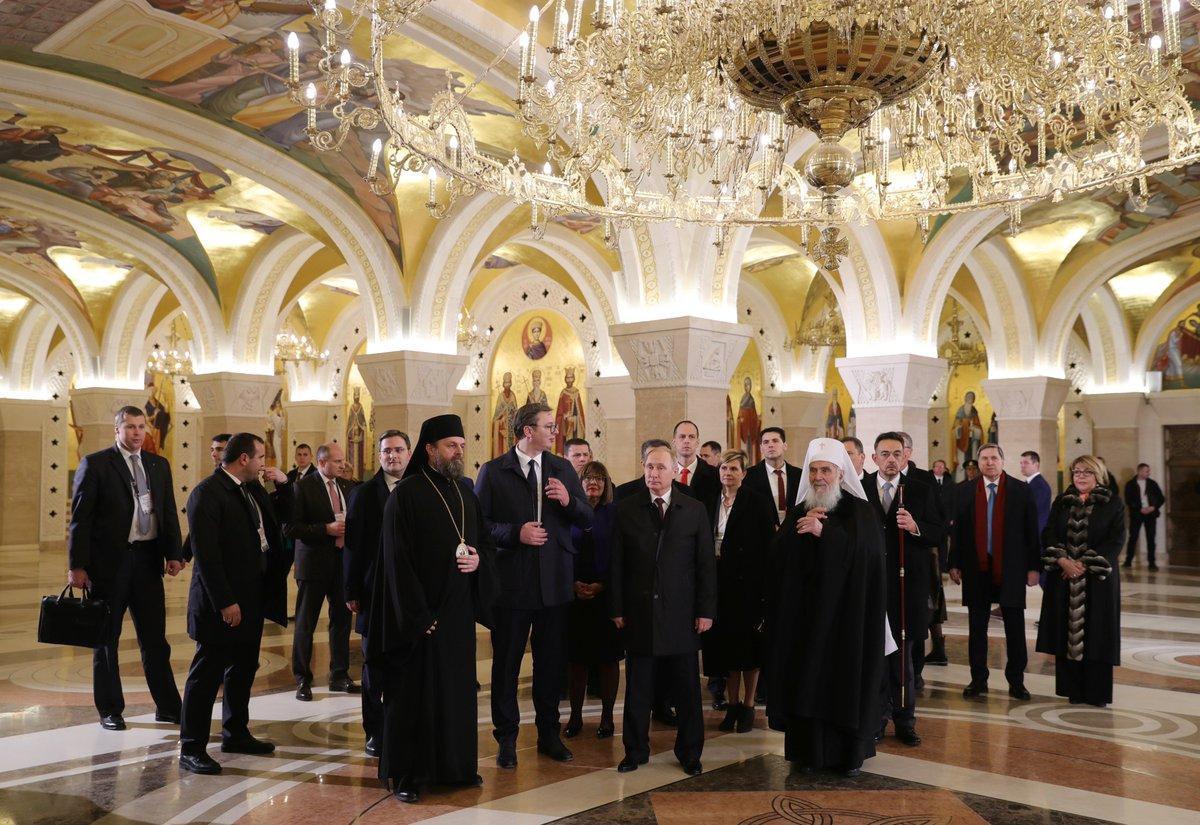 Завершая официальный визит в Сербию, Владимир Путин посетил храм Святого Саввы в Белграде https://t.co/emvQMPdSBF