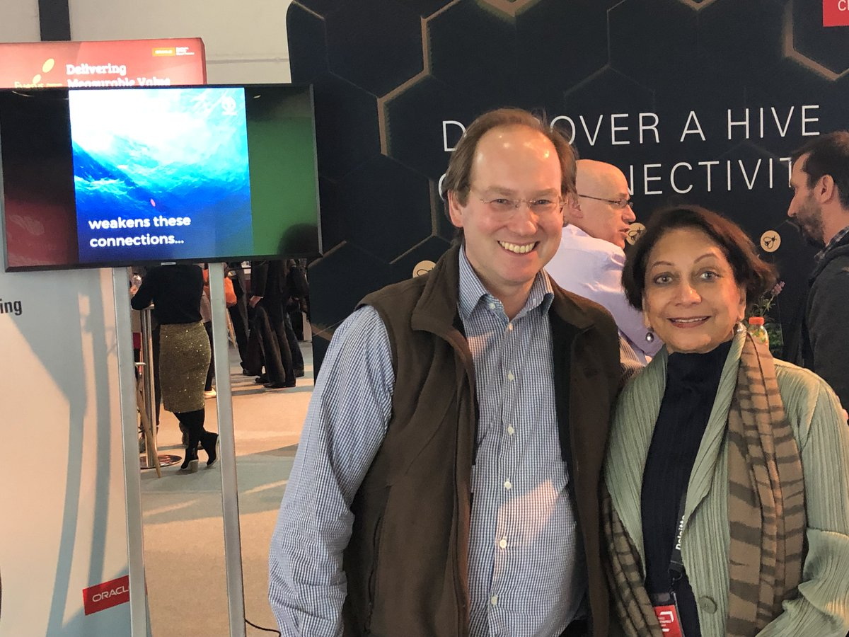 Our thanks to Dale Gabbert, partner at Simmons &amp; Simmons LLP, for his pro bono support of @worldbeeproject   Dale and Sabiha Malik, today @oracleopenworld  #OOWLON  #oracle #OracleConsulting #OOWConsulting<br>http://pic.twitter.com/wE5VkejcUx