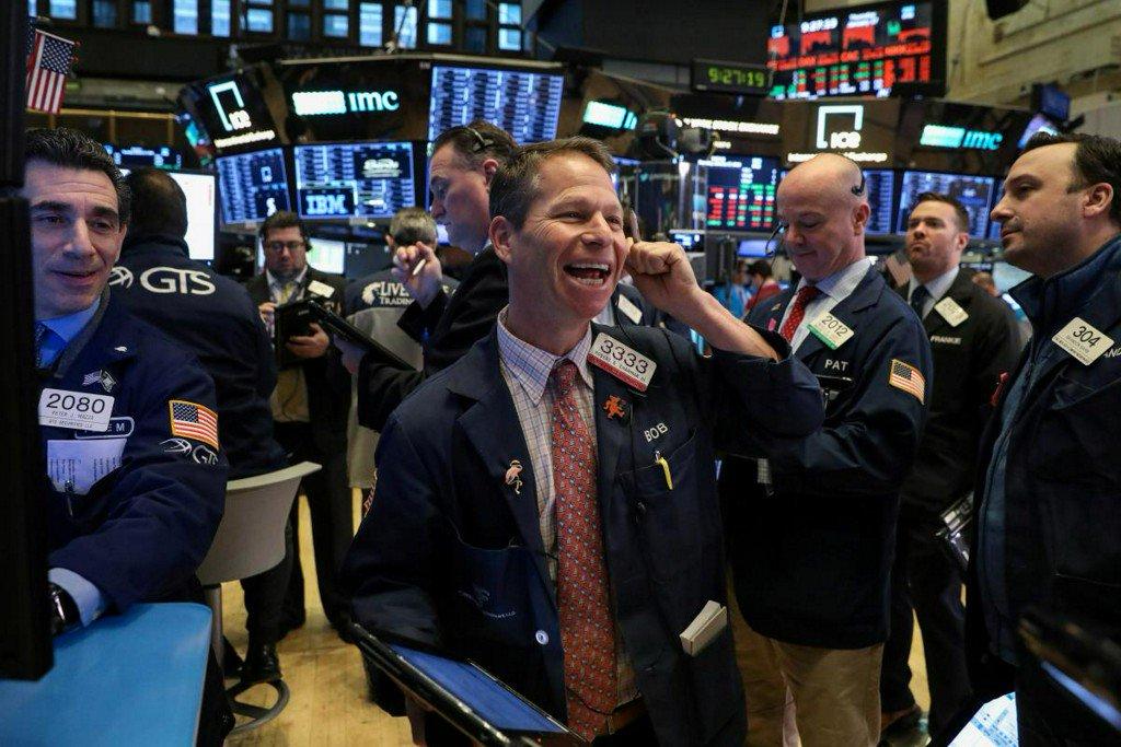 Wall Street advances as industrials jump on trade hopes https://reut.rs/2DgFdTP