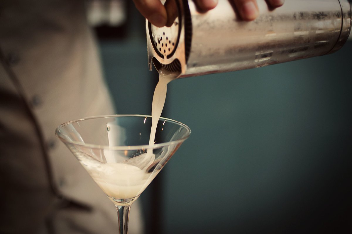 Why limit happy to an hour? Swing by between 5pm-7pm and enjoy various innovative cocktails! #happyhour #alexandriava <br>http://pic.twitter.com/jv4udRnkDr