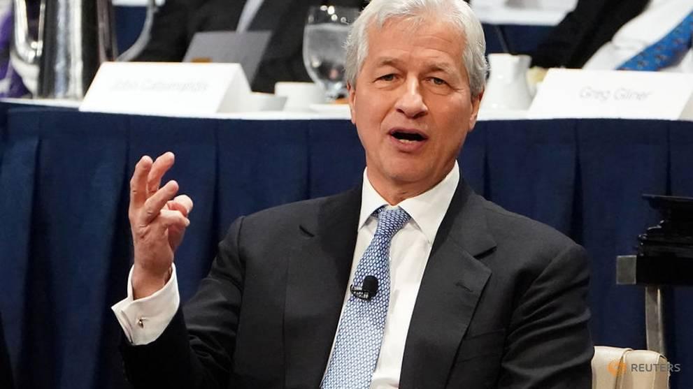 JPMorgan board raises Dimon's compensation to US$31 million https://t.co/OiqXFzGGqL