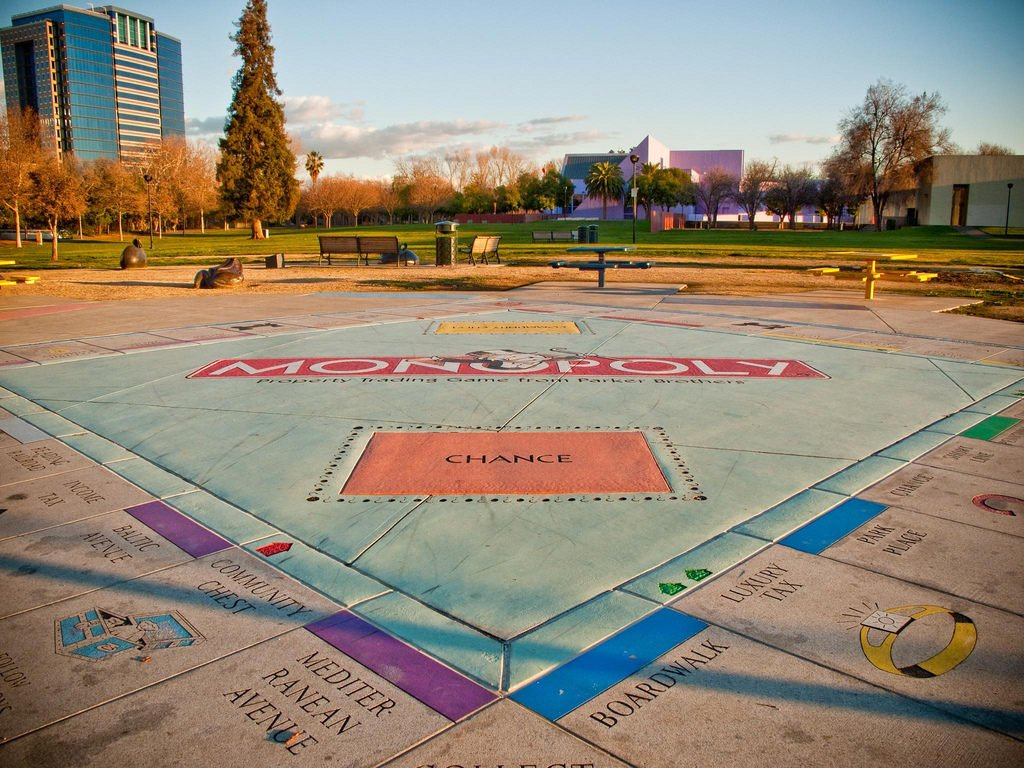 Want to supersize your next Monopoly game? Travel to San Jose, where the largest permanent version of the board game sits in a park. The massive board is made of granite slabs and covers over 900 square feet, with each of the corner slabs weighing in at almost 250 pounds. <br>http://pic.twitter.com/FrBMjTSHXR