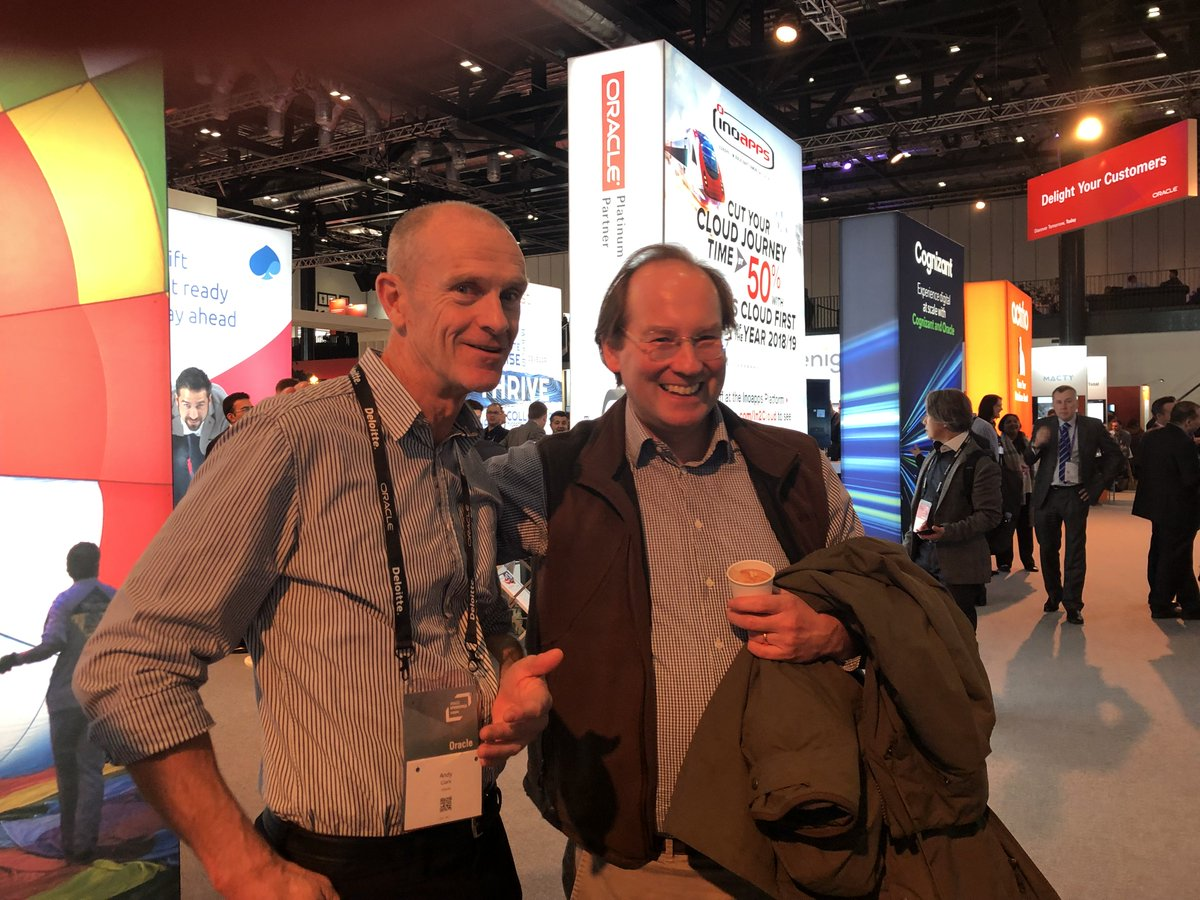 Dale Gabbert, pro bono supporter of @worldbeeproject  and  Andy Clark Director of Business Innovation @Oracle_UKI today @oracleopenworld  #OOWLON  #oracle #OracleConsulting #OOWConsulting<br>http://pic.twitter.com/0NAGw5O0Lk