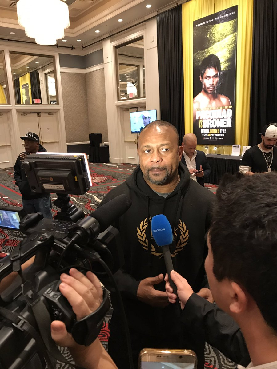 @marcreyesINQ Boxing great Roy Jones drops by at media center; he has his own stable of boxers that include Filipino Aston Palicte. | @marcreyesINQ   https://t.co/W9GMk1vDLa