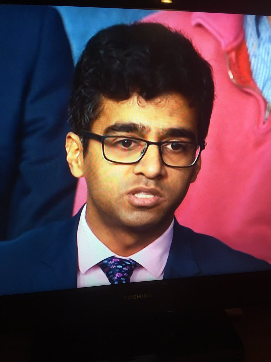 #bbcqt best audience member. Ever <br>http://pic.twitter.com/eELnnxYddh