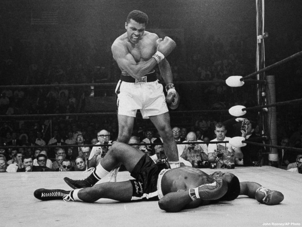 Louisville airport renamed in honor of Muhammad Ali.   Rep. John Yarmuth called the decision 'only fitting because he seemed to fly when he was in the ring.' https://t.co/r1G7SNhP5R
