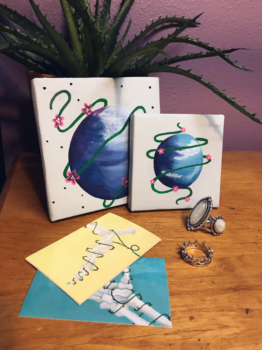 GIVE AWAY!  To celebrate the arrival of my new stickers, I&#39;d like to give a set away!   Winner will receive: 2 stickers, 2 mini space canvas &amp; 3 cute lil rings!   Rules: • RT &amp; Follow me to enter!  • Winner announced on Jan 31st   <br>http://pic.twitter.com/bKE9lqJ0gl