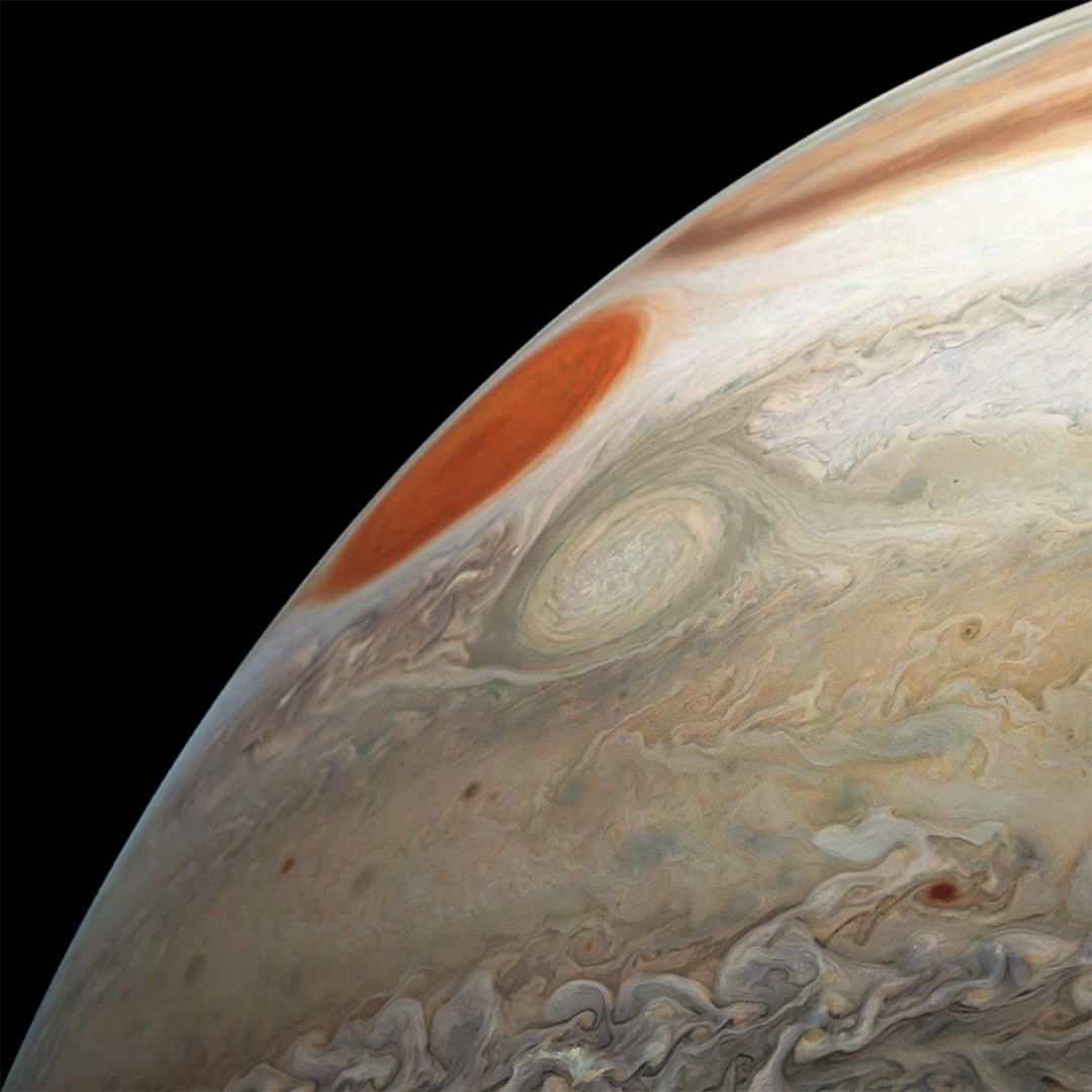 Two massive storms in #Jupiter's turbulent southern hemisphere appear in this new image captured during my latest flyby of the planet https://t.co/GamniM3lQ3