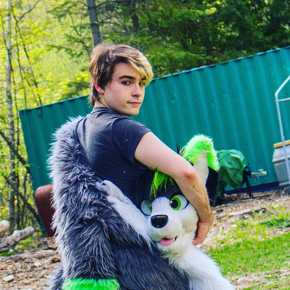 On the outside I&#39;m a peaceful positive furry ... But on the inside I&#39;m actually a James Bond Villain with a secret evil doomsday plan  #furry #furries #fursuit #furryfandom <br>http://pic.twitter.com/dU9wy9Jm3H