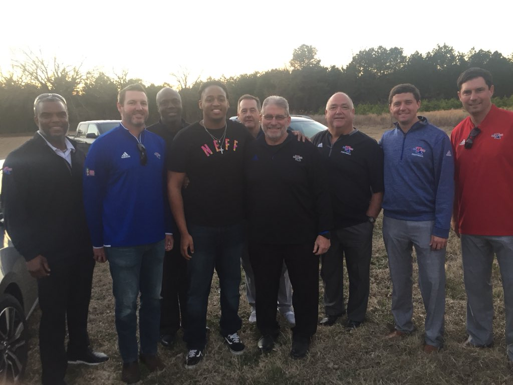 Great home visit from La Tech. All nothing but love. OV this weekend  <br>http://pic.twitter.com/dDLH2cxGmj