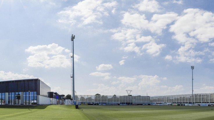 #JuveChievo #TrainingCenter #Continassa: La #Juventus regresó 🛬 hoy a la mañana a Turín, después de alzar la octava #SupercoppaItaliana 🥇🏆 en  #Jeddah 🇸🇦. Los futbolistas disfrutaron de un día de descanso y volverán al trabajo mañana viernes, a primera hora de la tarde.