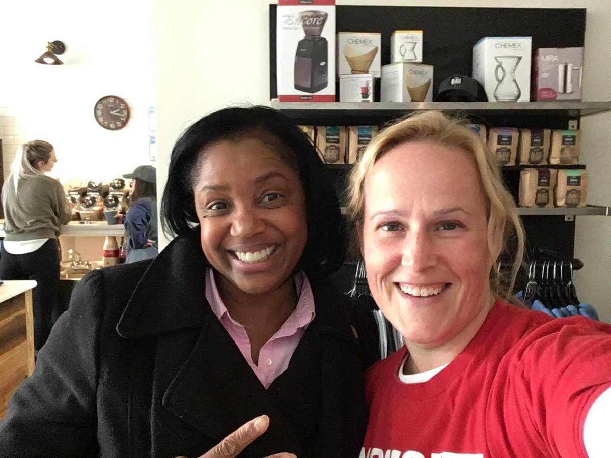 Many thanks to @KandieNCHouse for meeting with me today @blackbeardroast! She has served #GreenvilleNC as mayor, city council & now representing #PittCounty in District 8! ❤️❤️❤️ #ncleg @MomsDemand @Everytown