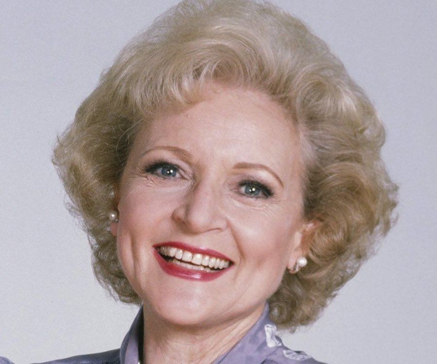 Stay Golden Betty! Happy birthday to my favorite Golden Girl. Yes, I love the Golden Girls! #judgmentfreezone<br>http://pic.twitter.com/m5CcyHfZMu