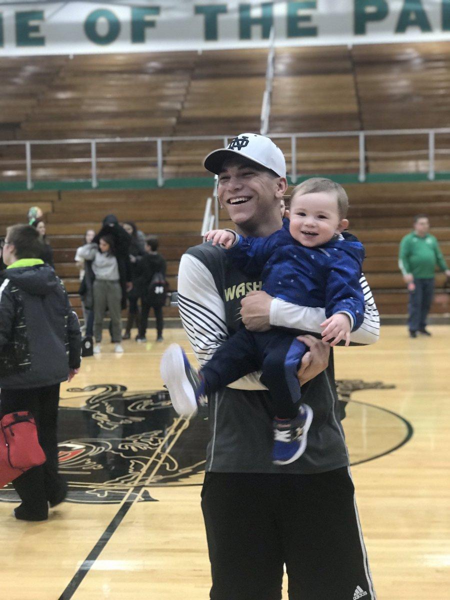 Congrats on senior night and an amazing win tonight to my nephew Ethan! <br>http://pic.twitter.com/kqpbm5RrK8