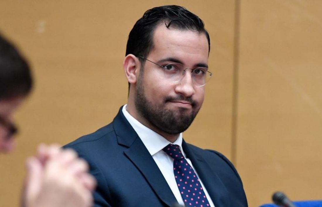 Alexandre Benalla a été placé en garde à vue #AffaireBenalla   https://t.co/qNMegCUFdM