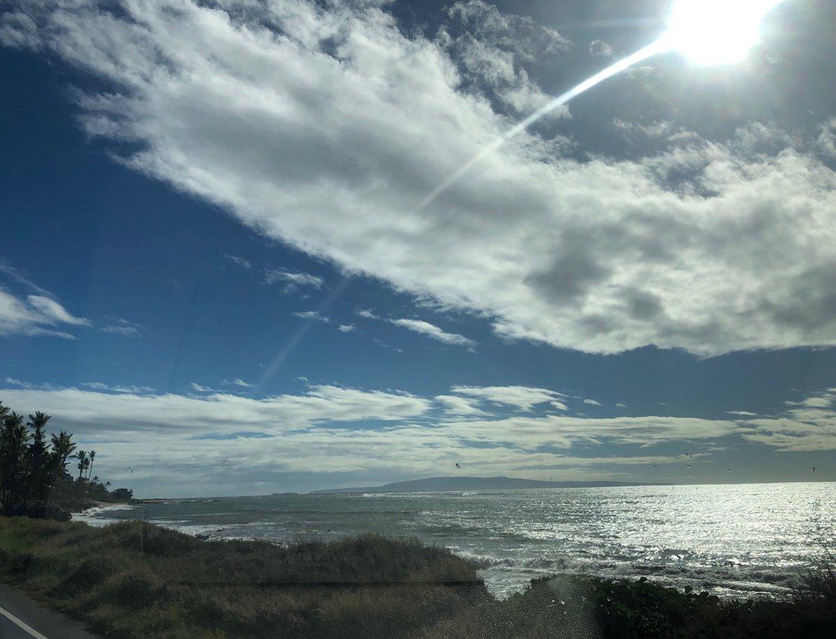 test Twitter Media - North Kihei windy and warm. #cmweather #kitesurf #kihei #beach #ocean #magicalmaui #maui https://t.co/XgSE4LcMHN