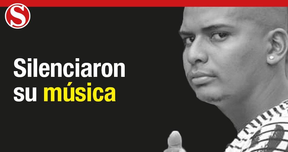 Víctor Trujillo, luto por el asesinato de músico y líder social en Bolívar. Se dedicaba a su comunidad. Según su organización, tuvo que exiliarse en Ecuador durante tres meses porque el Estado no le dio seguridad. Hace pocas horas fue asesinado en Apartadó  https://t.co/D8sx29vWNA
