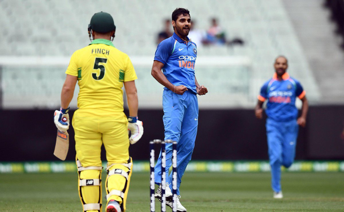 When How Dhoni, Bhuvneshwar plotted to get Finch out! Watch here - https://t.co/vNcS4WMOTe   #AUSvIND #AUSvsIND