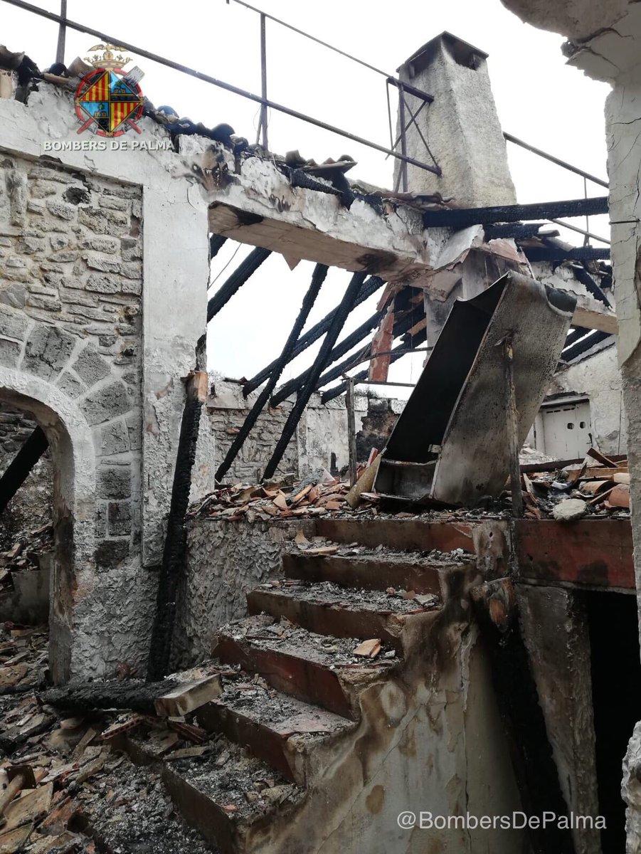 Un incendio destruye una casa abandonada en Can Pastilla