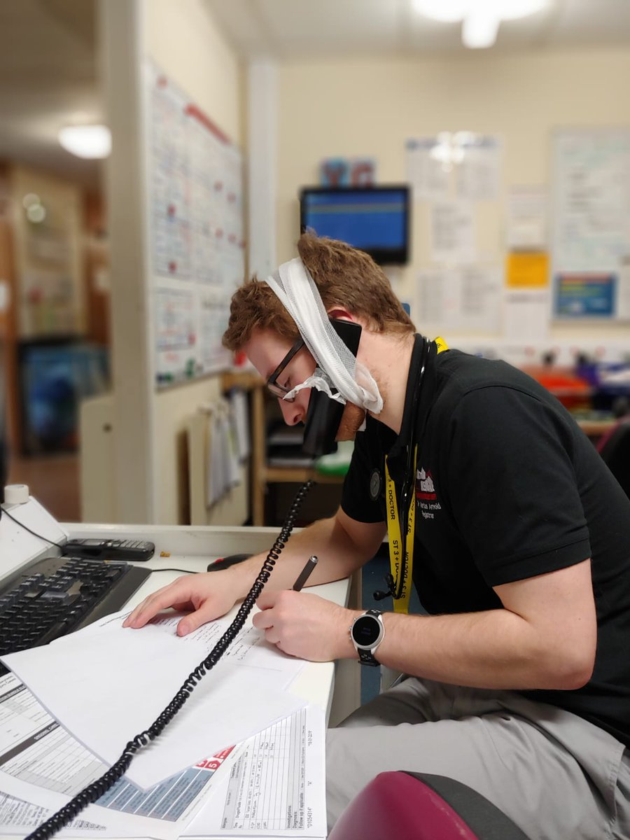Modern hands free telephone in the NHS (patent pending)   <br>http://pic.twitter.com/d2QhXcuIxI