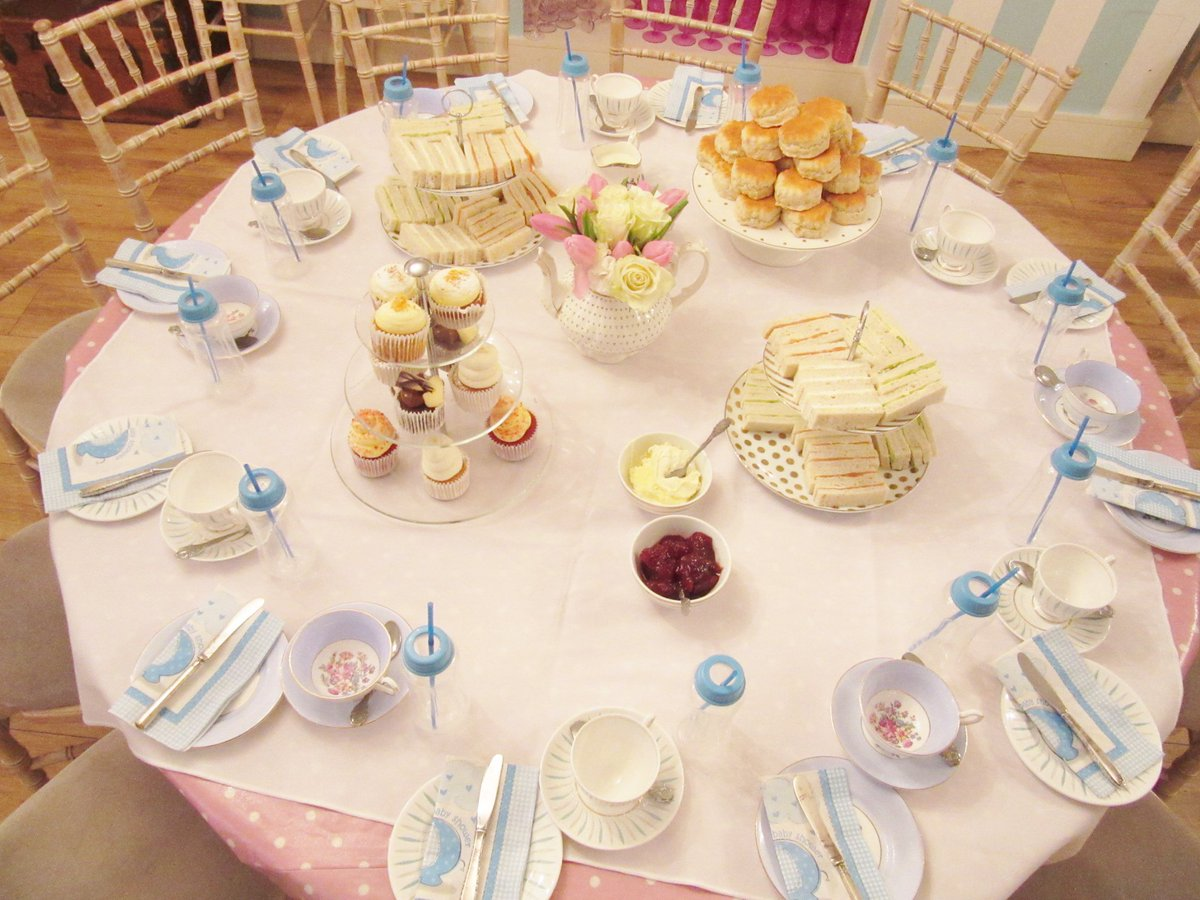A before baby get together! #afternoontea #baby #teaparty https://www.facebook.com/media/set/?set=a.10156003628431472&type=1&l=a1aa3a3f7e…