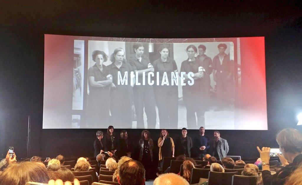 Moltes gràcies als que ahir ens veu acompanyar a l'estrena de #MILICIANES als @Cinemes_Girona, agrair especialment la presencia de les conselleres @estercapella i @LauraBorras del @govern i @FannyTurRiera del @goib ! El 5 de febrer el podreu veure al @senseficcio de @tv3cat