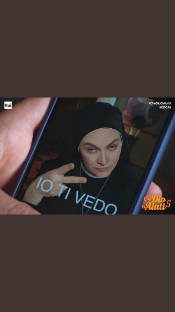 ヴァネッサ's photo on #CheDioCiAiuti5