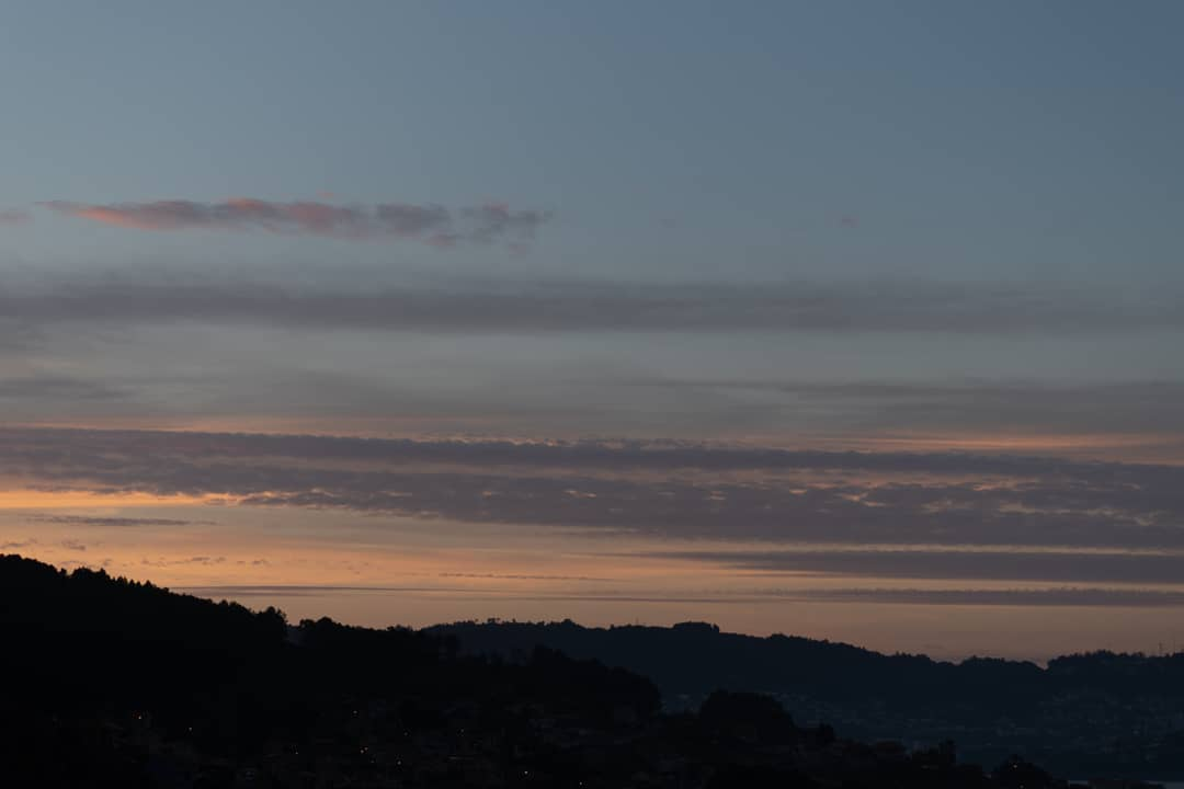 Pentax Ks-2 Pentax 50mm f1.8 DA 1/640 F1.8 ISO 100 50mm #夜明け #雲 #空 #景色 #写真 #ペンタックス #dawn #cloud #sky #landscape #skyporn #skyphotography #beautiful #amazing #photography #pentaxks2 #pentax #pentaxphotography #pentaxeros #amanecer #nubes #fotografia @PentaxSpain