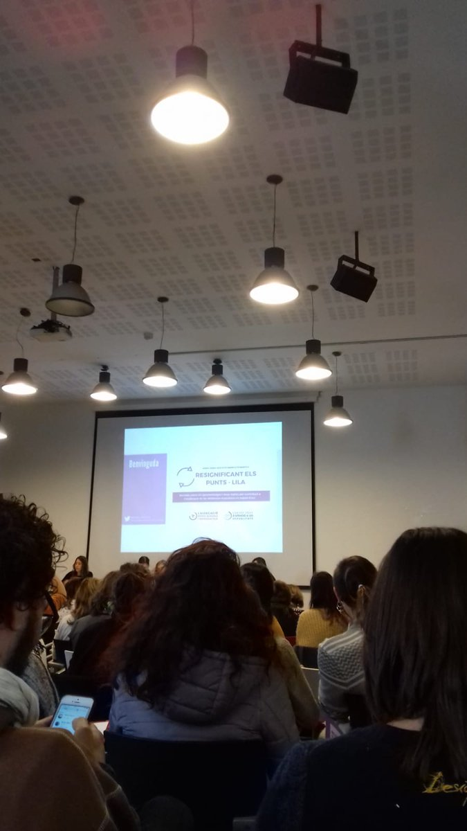 test Twitter Media - Aquest matí estem a la jornada 'Resignificant els punts - lila' que organitza @centrejove @lassociaciodsr on s'exposen els aprenentatges i nous reptes per contribuir a l'eradicació de les #violènciesmasclistes en espais d'oci https://t.co/L5dFDyBfL3
