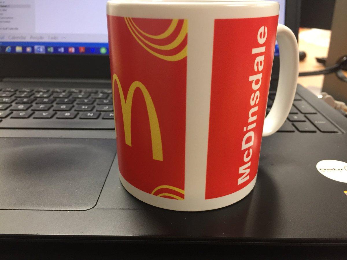 New mug has arrived for the @Asbrigolf office!! #mcdins #bestcustomer #imlovinit  <br>http://pic.twitter.com/8VQGnPQX39