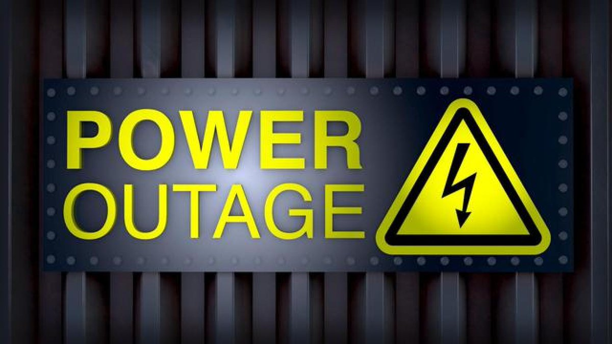 #BREAKING More than 2,200 customers without power near Simmons Street & Lone Mountain https://t.co/YTnKXqDx5P