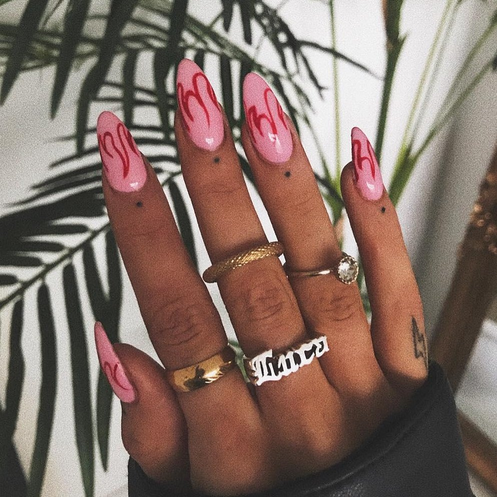 NAILED IT ⚡️💕⚡️💕 (📸 @sophierimmerr) #inspo #missguided