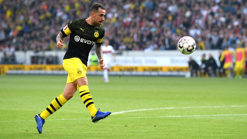 Dortmund to launch super-sub Alcacer from bench again - https://footynews.co.uk/dortmund-to-launch-super-sub-alcacer-from-bench-again/…  #FootyNews #FootballNews #SoccerNews