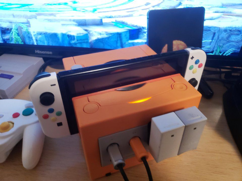 This Nintendo Switch Gamecube dock mod even has working controller ports https://t.co/sRldsbtVPr