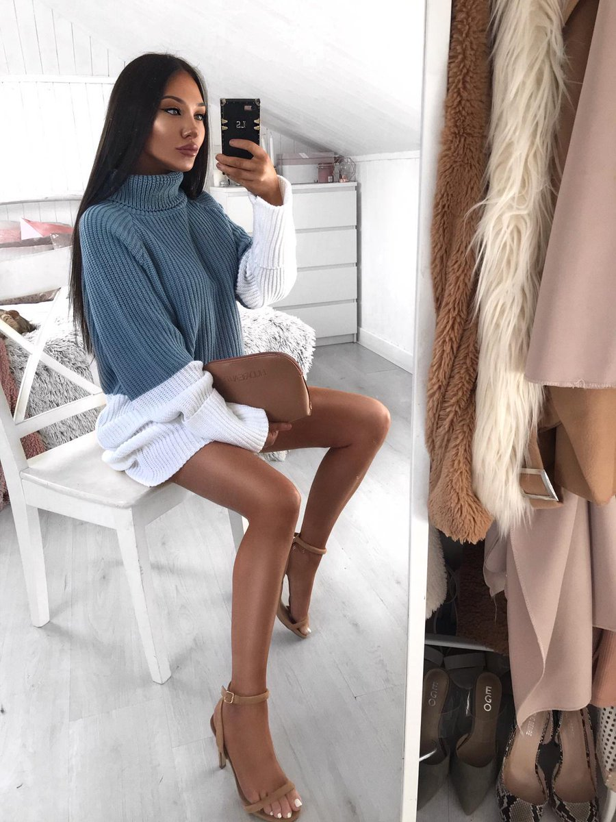 Cute little selfie from Lorna wearing the brand new 'Blue Contrast Panel High Neck Knitted Jumper Dress' from the Sarah Ashcroft collection 💫 Steal her look now by tapping the link and pay later with Klarna 🤑https://t.co/2ilnyP55jY
