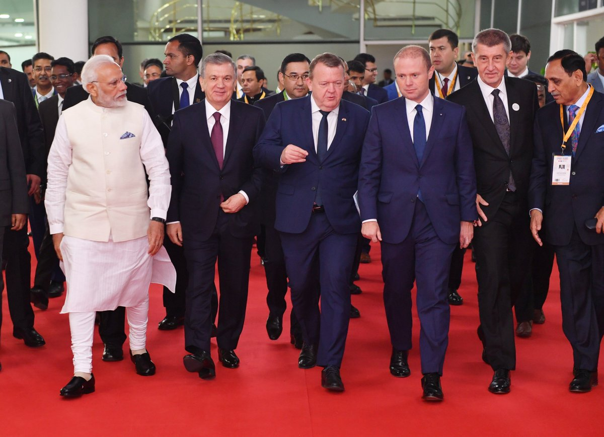 The Vibrant Gujarat Summit has:  Dignity of the presence of top political leaders.  Energy of CEOs and corporate leaders.  Gravitas of institutions and opinion makers.  Vitality of young enterprises and start-ups.