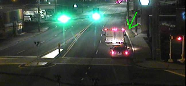 UPDATE: IB Central Ave. at 10th St. wreck is blocking the right lane.  Minor delays only. #cltraffic #clttraffic #clt<br>http://pic.twitter.com/Ee6aIDOP1j