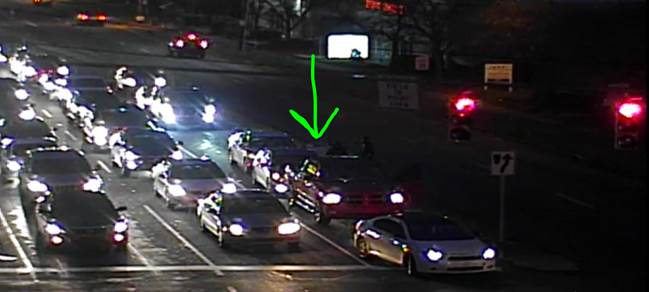 Accident - The Plaza WB at Eastway Dr, left turn lane blocked #clttraffic #clt<br>http://pic.twitter.com/nm64mBTGQn