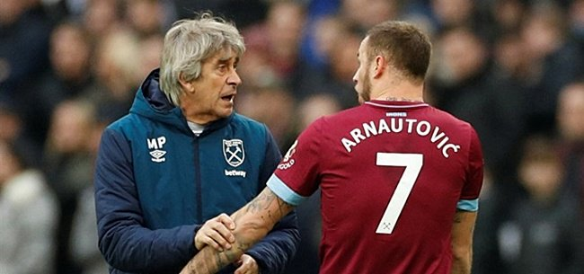 Woedende Arnautovic ziet transfer uiteen spatten #whufc #westhamunited http://www.soccernews.nl/news/537051/woedende_arnautovic_ziet_transfer_uiteen_spatten…