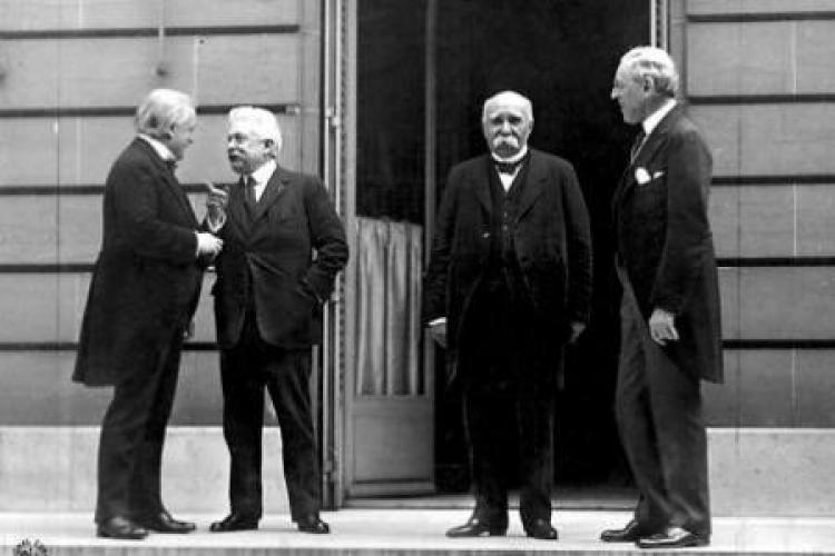#OTD 100 years ago the Paris Peace Conference was inaugurated  with the participation of the Polish delegation. Poland was represented at the conference by the Prime Minister and Minister of Foreign Affairs, #IgnacyPaderewski and #RomanDmowski