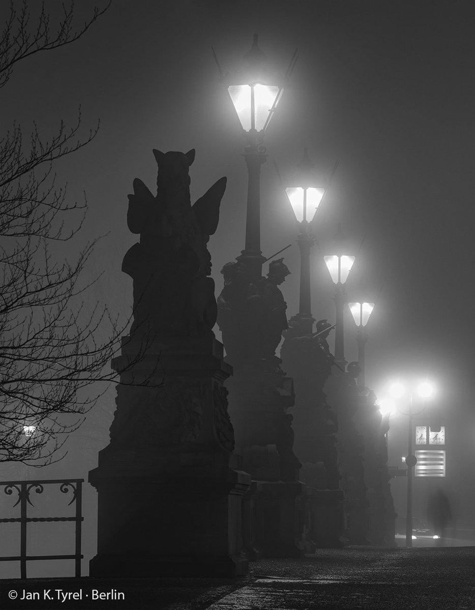 Berlin foggy Moltkebridge #Berlin #fog #foggy #nightphotography #berlinarchitecture #longexposure #filmnoir #spree #berlinnight #nuit #bnw #monochrome