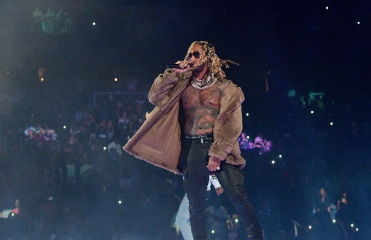 Future brought 'Crushed Up' to 'The Late Show' last night. https://t.co/RLqtLnPXw7