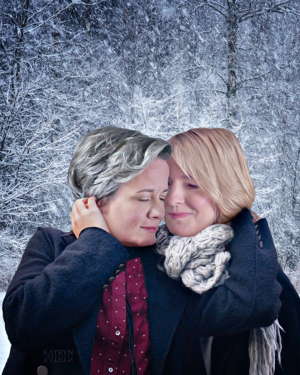 #FlashbackFriday to twin Berena manips. First one (which I'm not sure I posted anywhere?) was made with a winter/snow background. The second, with a more early spring feel to it.  Backgrounds: Winter one taken in a park near where I live, the spring one in Abbey Park, Leicester.