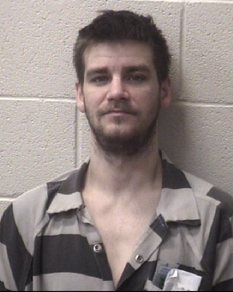BE ON THE LOOKOUT! Deputies are searching for 33-year-old Jason Mullen who escaped the #AlexanderCounty Jail after taking out the trash and stealing a truck. Inmate and vehicle description: https://t.co/SMefnZC35I  #WCCB