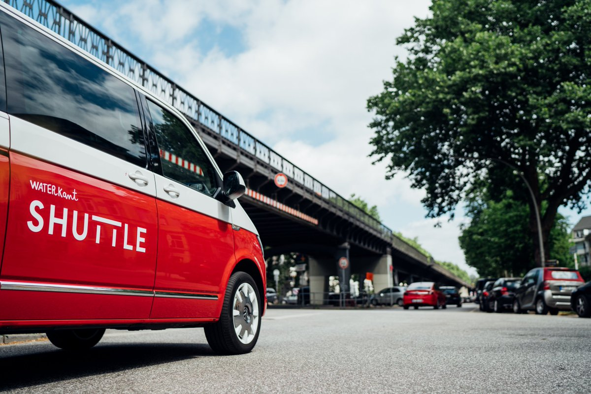 Viel geplant im neuen Jahr? Waterkant Shuttle ist die flexible Transportlösung, egal zu welchem Event es geht. _______________ #waterkantshuttle #hamburgechtbewegen #shuttle #waterkant #newworkspace #mobilität #hamburg #hh #volkswagen#vwt6 #caravelle