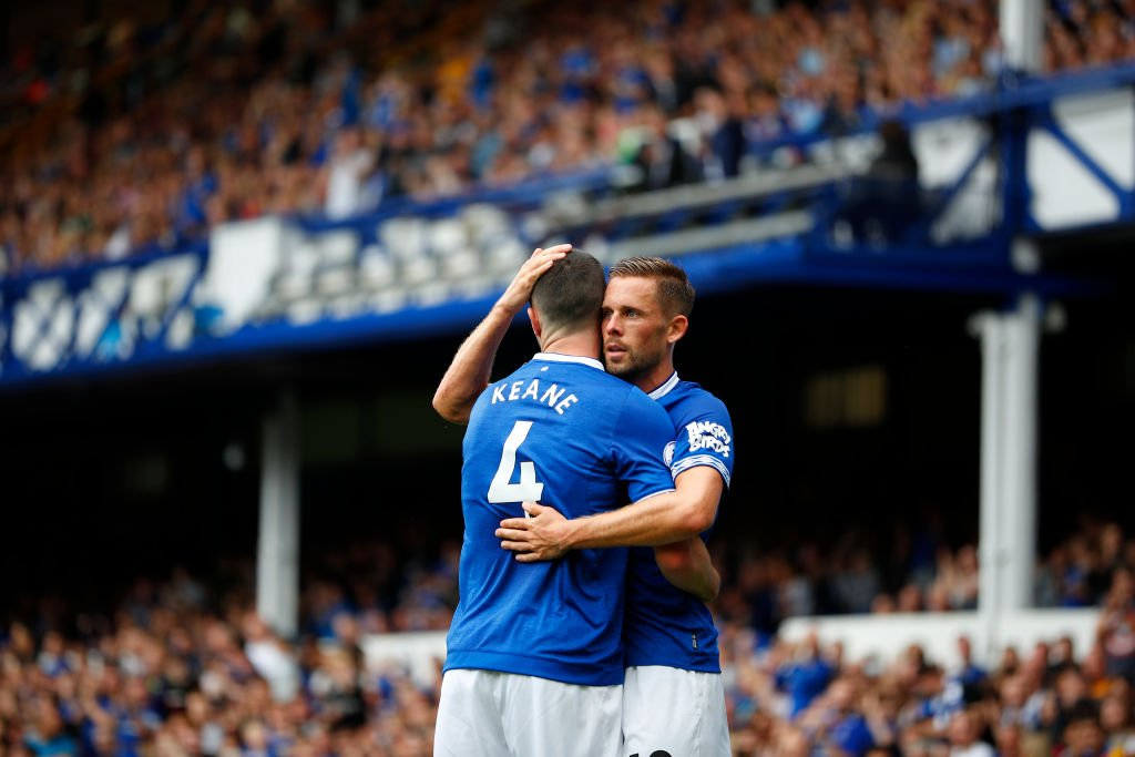 @CJSmith91 No player has scored more goals from outside the box (19) than Gylfi Sigurdsson since he made his debut.  Five of them in an Everton shirt. 🎯 https://t.