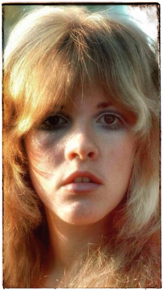 Clipping of the Queen  #StevieNicks #FleetwoodMac #beautiful #vintage #70s #80s #follow #ChristineMcVie